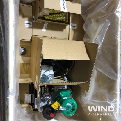 ge wind turbine power unit and accessories in crate